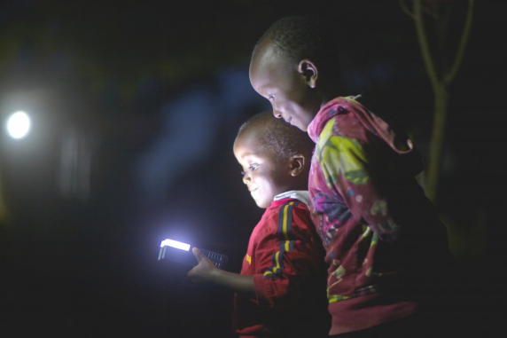 Off-grid provides lighting for families using a subscription service.